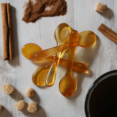 Pack of five cinnamon coffee sugar spoons; also available in almond, gingerbread, salted caramel and vanilla flavours.