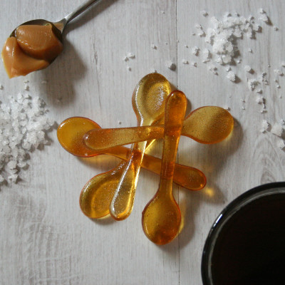 Pack of five salted caramel coffee sugar spoons; also available in almond, cinnamon, gingerbread and vanilla flavours.